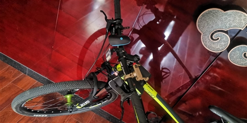 喜德盛自行车,2018年冬月购买,没怎骑,由于工作原因,现急需出售