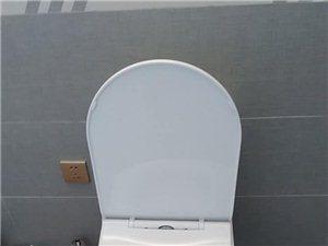 卫浴灯具安装