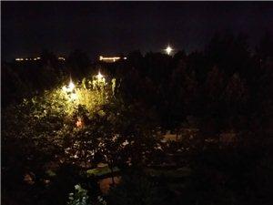 公园夜间个人歌舞音响影响学生休息