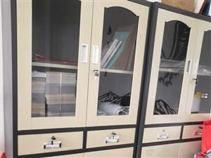 文件柜,八成新需要的可以同城看货,单买300两个550