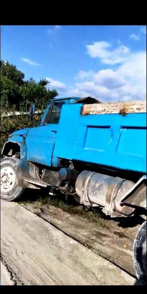出售井下三吨王一辆,搭货源一起,车在花梨有兴趣电话联系15285176907