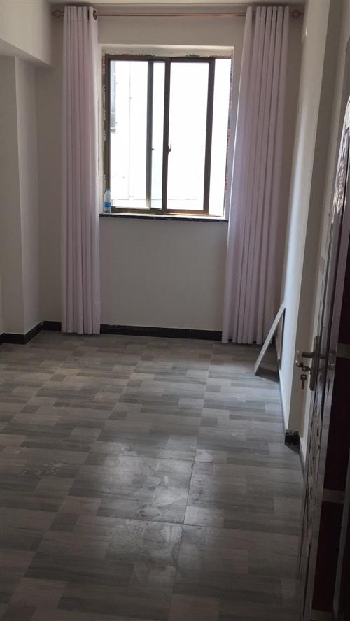 房子出租3室2廳2衛2衛生間1陽臺