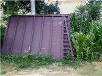 大门宽1米9高3米,因反盖房子,大门用不上了,有需要的联系我