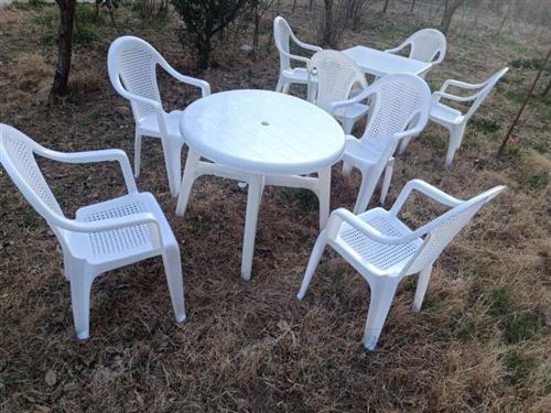 求购二手大排档桌椅30套