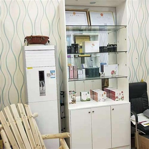 门面到期,货柜,空调,电脑,音放,投影,会议室桌椅处理,联系电话,13885057911,非诚勿扰!
