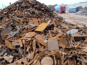 大量收购废铁!废铝!废铜!废农机拖拉机!