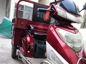 转让摩托三轮车一辆,九成新,价格面议15836591329