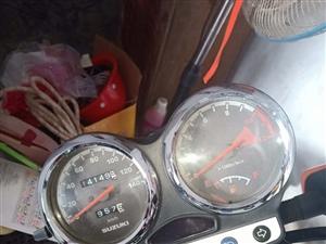 �木摩托出售,新��k好9千多,才1�f多公里,要的��M我。��15117712080