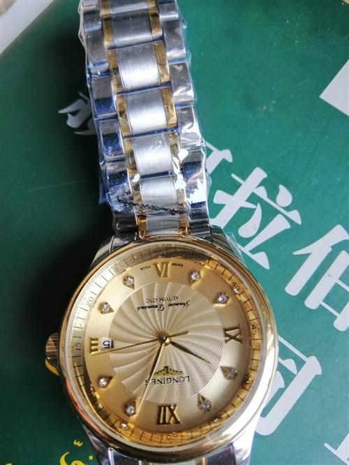 本人有一個浪琴瑞士瓦斯手表!全新的有合格證發票說明書都有呢原價9800