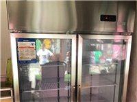 商用冷柜,底价出售,9成新,原价2800买的,价格面议