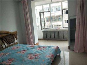民生小区5室 1厅 2卫400元/月