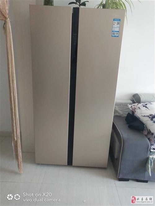 出售9成新美的雙開門風冷無霜冰箱,有意者請聯系我!