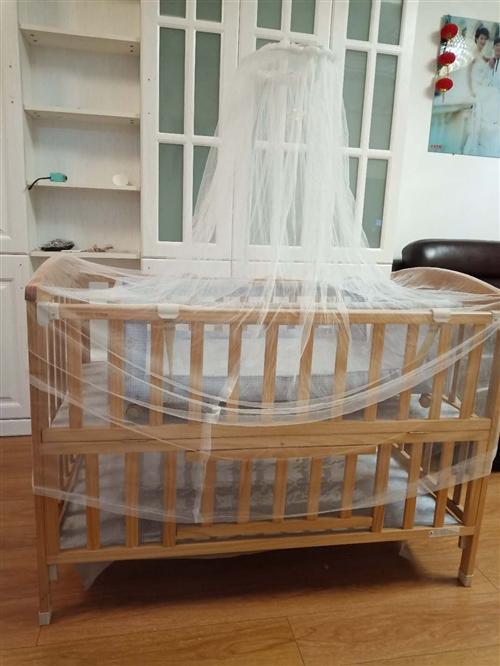 小龙哈彼婴儿床  九成新  没怎么用