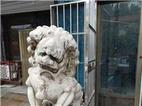 出售石獅子一對,1.6米左右,當面議價,電話13933721001