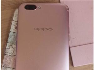 出oppor11pluskt 保存的很好 屏幕有两小道轻微划痕 手机没一点毛病!需要的联系我!无充电...
