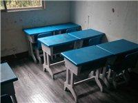 午托班桌椅處理,美觀耐用,桌椅配套齊全。