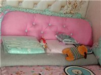 家紡店樣品床,150*200尺寸,十成新。底價處理220元!