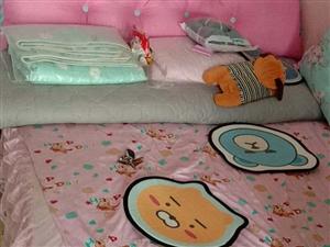 家纺店样品床,150*200尺寸,十成新。底价处理220元!