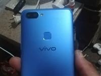 ViVoX20A手機,用了兩個多月,一點磕碰有沒有,支持面部開鎖,運行4G,內存64G.