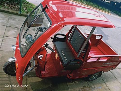 四川知名品牌双胜电动三轮车60V20A,成色看照片实物拍摄。