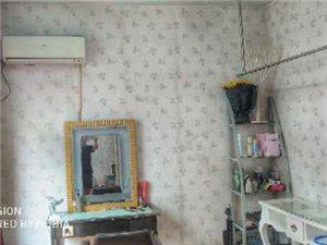 学生工薪族小工作室合租房