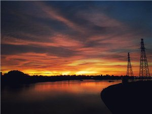 听说今天的夕阳特别美