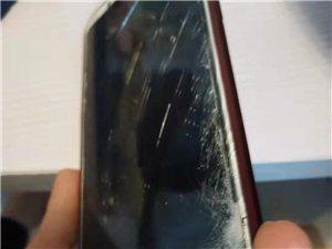 梦天丽花化妆城老板打砸员工手机
