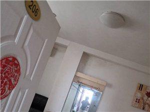 城区1室 1厅 1卫1000元/月