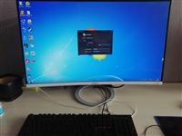 全场所有东西100元起!!!货都是今年3月份电脑城配的新机器。 目前工作室有16台主机,680块钱...