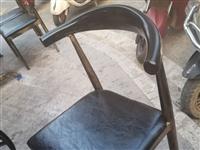 在惠水尋找類似二手的板凳。有資源的聯系。18286063146