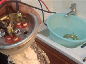 專業上門維修安裝水,電,暖,家電清洗