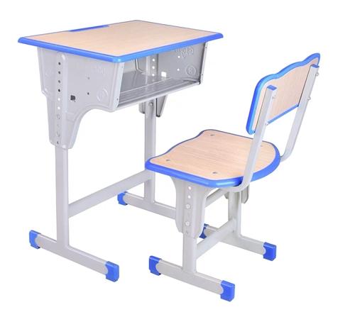 低价出售一批全新、二手学生培训班桌椅,单人木床,床上用品,大部分为新的,适合家政班,由于家里有急事,...