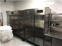 餐廳廚房設備轉讓,冰柜,打荷臺,炒爐,蒸柜,煲仔爐,烤箱,壓面機,和面機,開水器,消毒柜