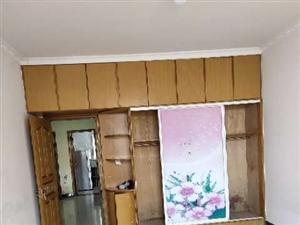 王柿园三楼家具家电齐3室 2厅 1卫1000元/月