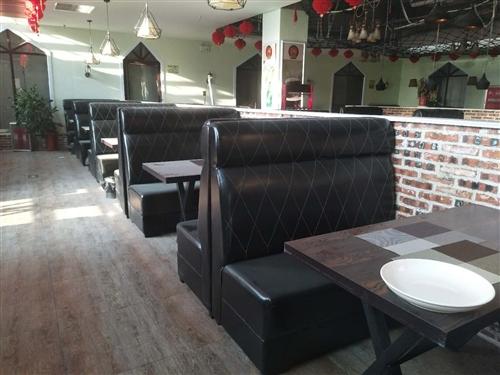 西餐廳物品低價轉讓!桌椅九成新,結實耐用,外形時尚,客家用可商用。