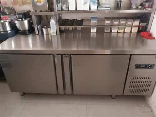 出售樱花消毒柜  冷藏柜 洗菜池 都是九成新 用了5个月 有意者电话联系17631973839
