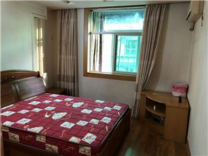 八一路建材市场3室 2厅 2卫1400元/月