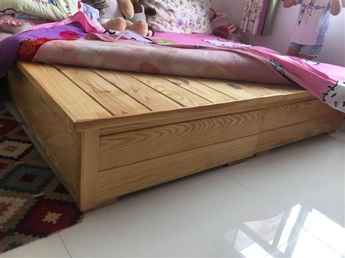 出售實木雙人床,價格面議,電話17731140609