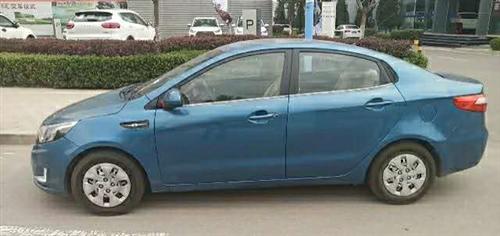 起亞轎車,2013年年底上路,跑了10萬公里,車況良好,現低價出售,2.6萬左右。價格面議,有意向著...