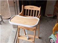 寶寶餐椅,放在家里幾乎是沒有坐過的