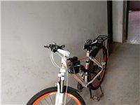 18年买的单车600元。少骑。座包离地80cm..现288元。有意请直接电话联系