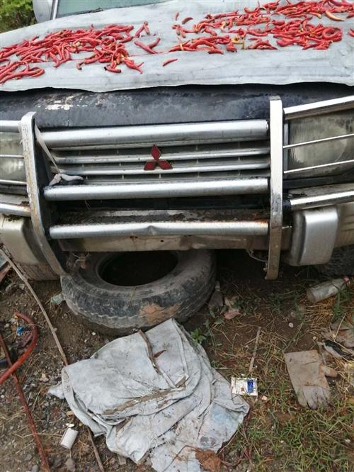 高价回收报废车,二手车 废铁 金属类 联系电话18107186592