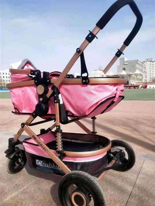 婴儿手推车,九成新,市区内可以送货,15337000725可电话,可微信联系。