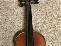 自用实木小提琴4/4,九成新。琴弓琴盒完好。原价4200元,转让价2100元。性价比超高,非常值得拥...