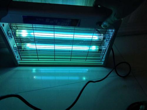 紫外线消毒灯      正常使用,和新的没区别,买了一共用了两次,便宜处理