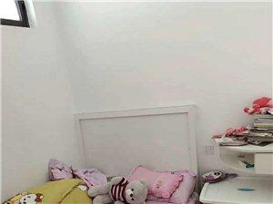 香江半岛3室 2厅 1卫58万元