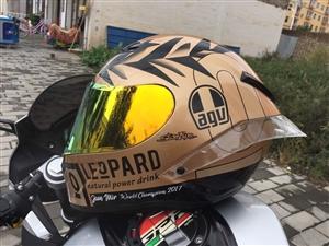 agv pista gp r 金蛋 全盔 跑盔 电话18302993383 可小刀