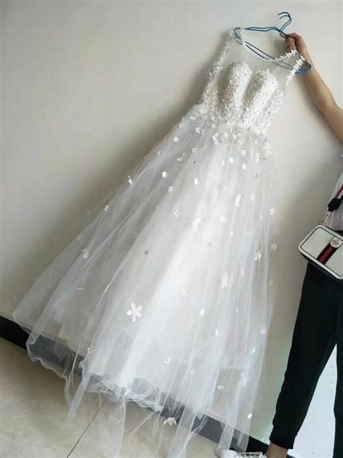 婚紗8~9成新