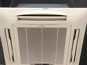 九成新大三匹 美的变频中央空调  有两台