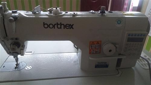 全新個人電腦縫紉機,因個人原因現出售。價格商議
